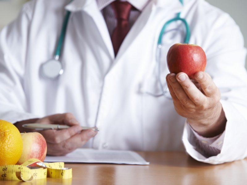 doctor-prescribing-food