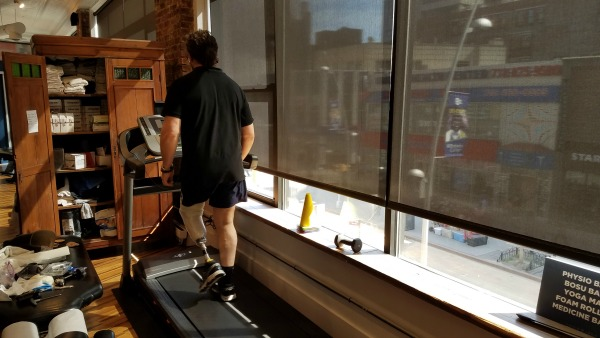Gwen Le Pape walking on treadmill testing his new socket at Physio Logic